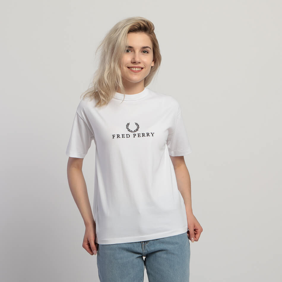 Женская футболка Fred Perry Embroidered (White)