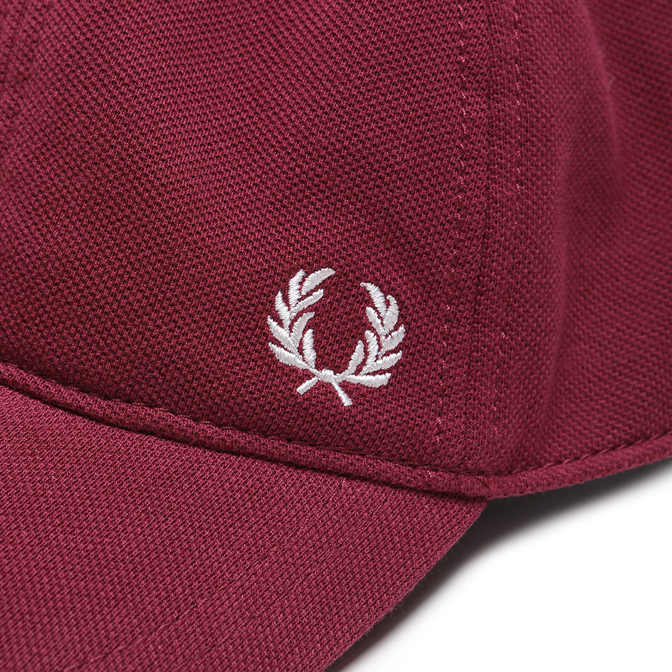 Кепка Fred Perry Pique Classic (Bordeaux)