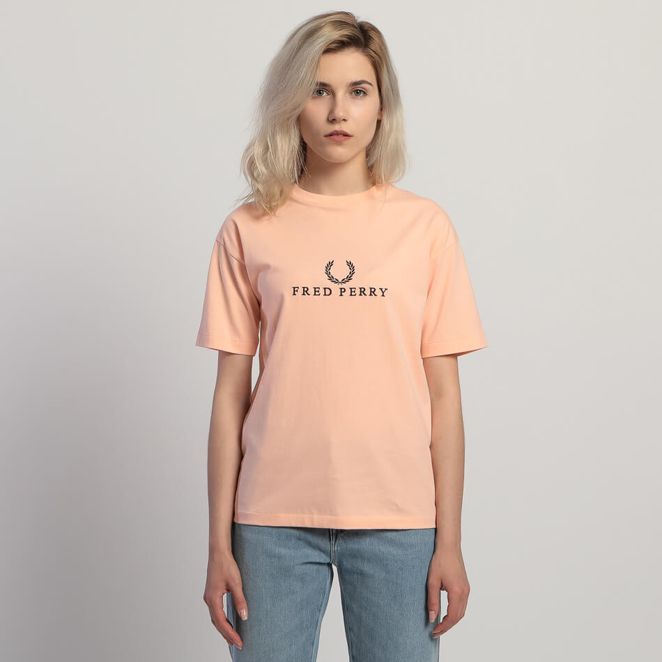 Женская футболка Fred Perry Embroidered (Iced Coral)