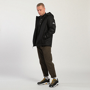 Мужская куртка The North Face Mountain Q Insulated (Black)